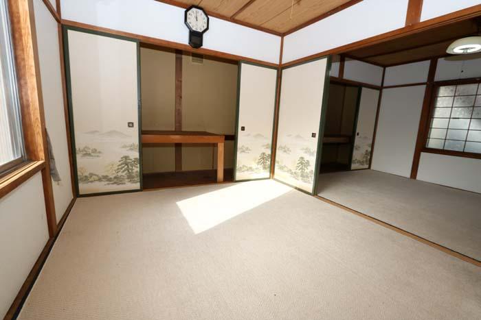 南側和室(寝室)