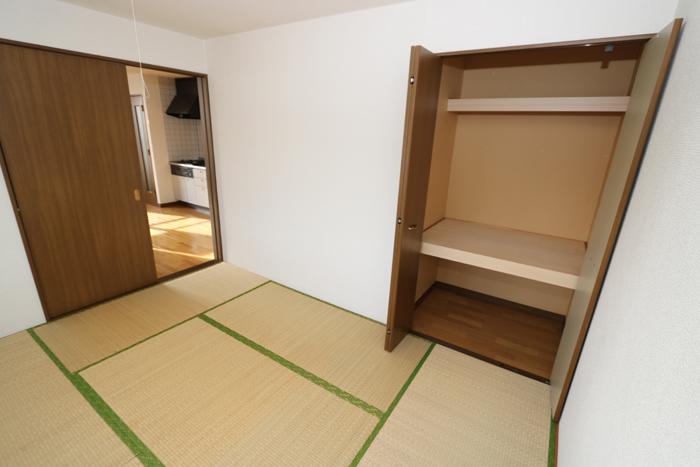 和室(寝室)
