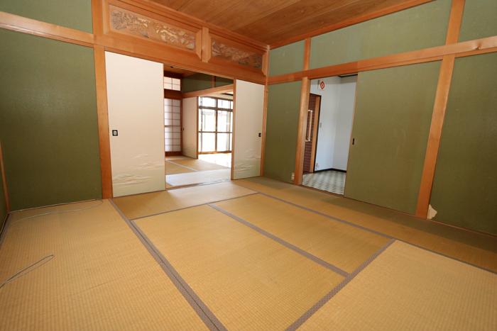 1階和室(8帖)(寝室)