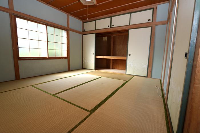 1階東側和室(寝室)