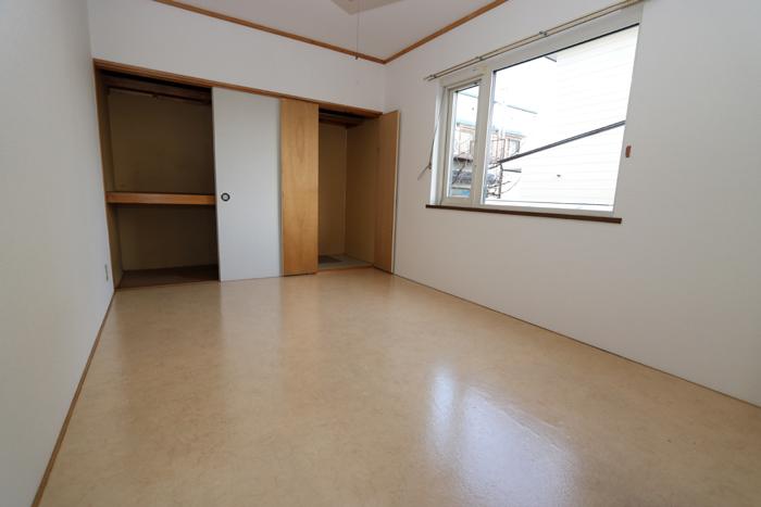 東側洋室6帖(寝室)